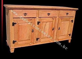 Buffet de madeira rústica