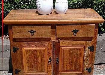 Deck de madeira para banheiro