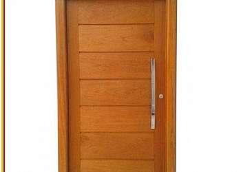 Preço de porta de madeira