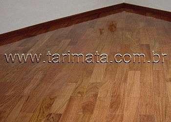 Piso de madeira tipo taco